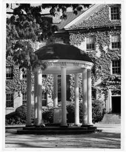 """""""Old Well"""" in University of North Carolina at Chapel Hill Collection, Buildings & Grounds (P4.3), North Carolina Collection Photographic Archives, Wilson Library, UNC-Chapel Hill."""