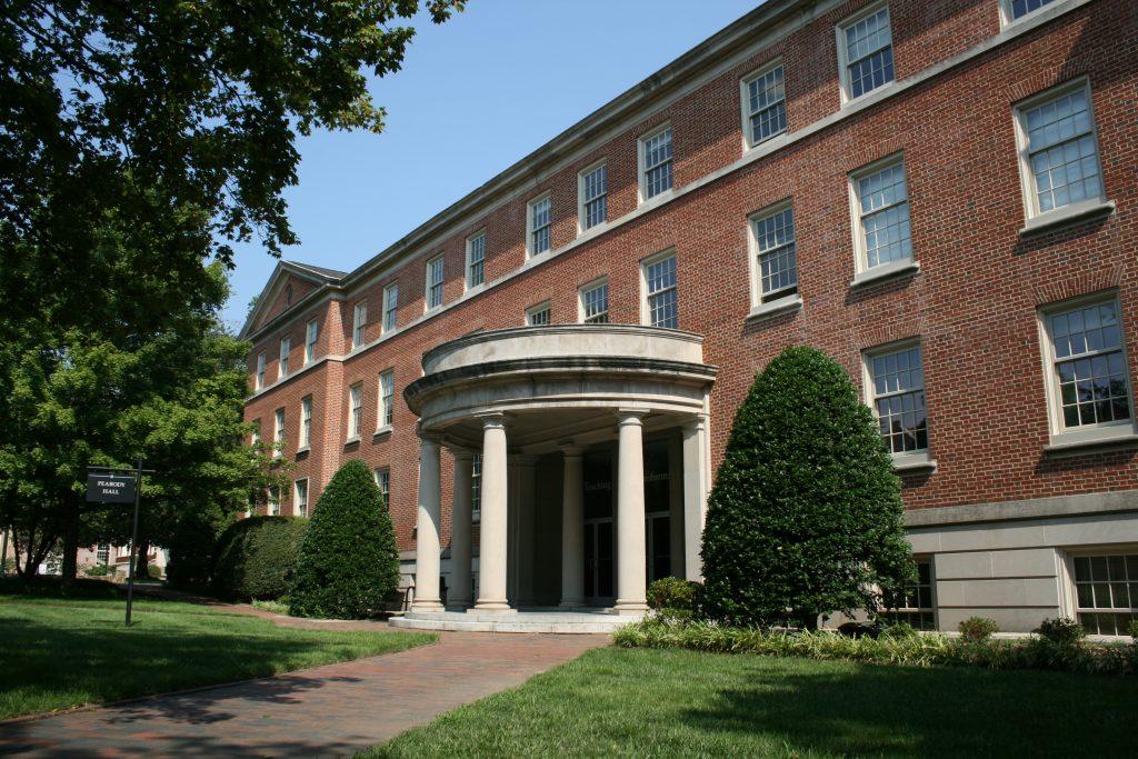 Peabody Hall. Courtesy of Wikimedia Commons.